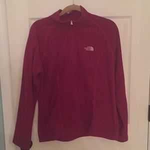 EUC the North Face dark red pull over zip